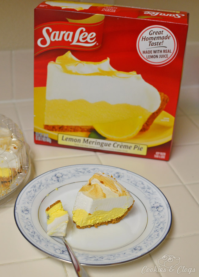 Sara Lee Desserts frozen Lemon Meringue Créme Pie Dessert #SLSweetTreats