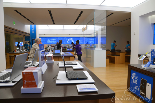 Microsoft Store tour feat. YouthSpark summer camps and discounts for grads #SmartHappensHere