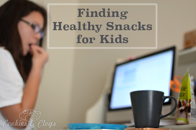 Healthy Snacks for Kids – CVS Gold Emblem Abound #CVSAbound #Snackurday