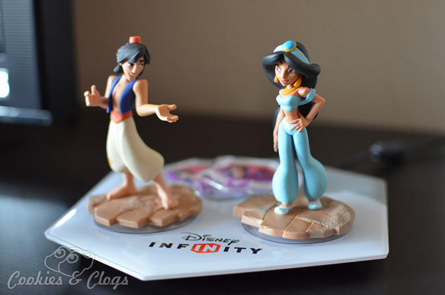 Disney Infinity 2.0 Aladdin Toy Box Pack with Jasmine and two theme Power Discs
