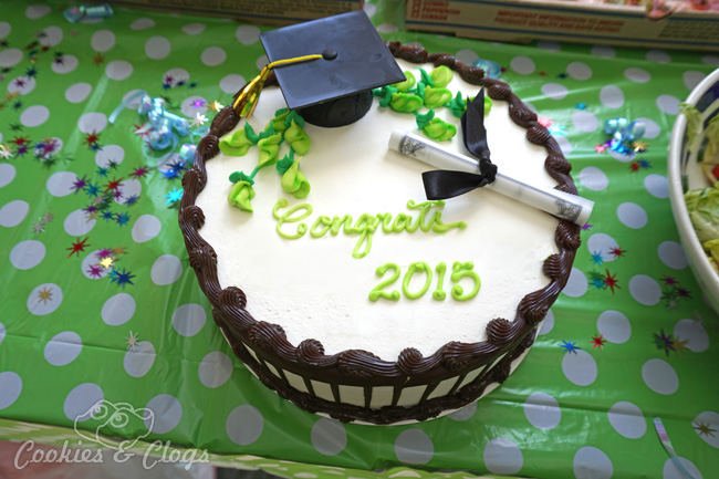 Graduation Cake | Class of 2015 | What words of wisdom would you share with this year's graduates from high school and college? Here's what I had to say.