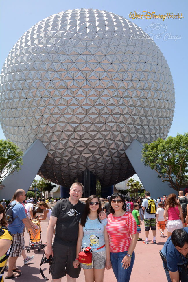 Walt Disney World | Family Travel |Epcot | 2015 Disney Social Media Moms Celebration made our family vacation so special and provided valuable blogging tips.