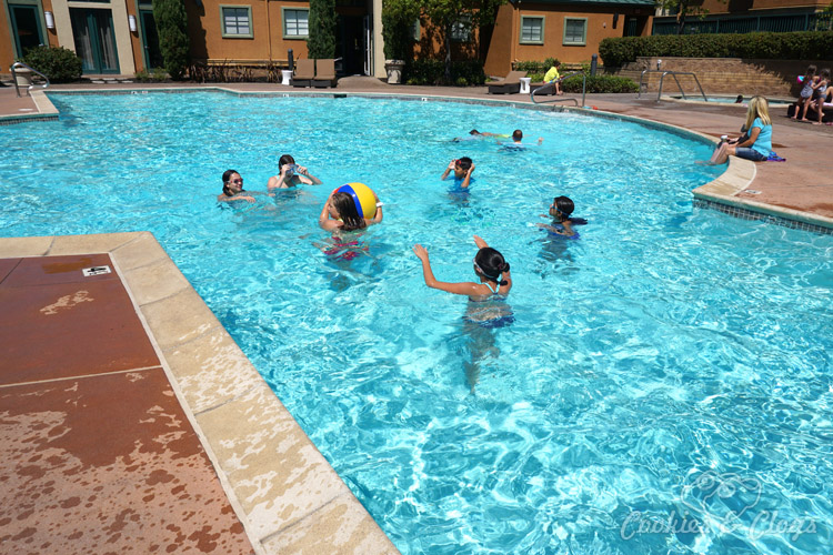 Shopping | Special Events | Party Ideas | Want to throw a last-minute end of summer pool party for the kids? Here are three simple tips to keep your event stress-free and within budget.