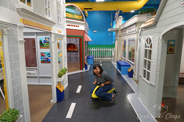 Billy Beez Indoor Playground at Oakridge in San Jose, CA