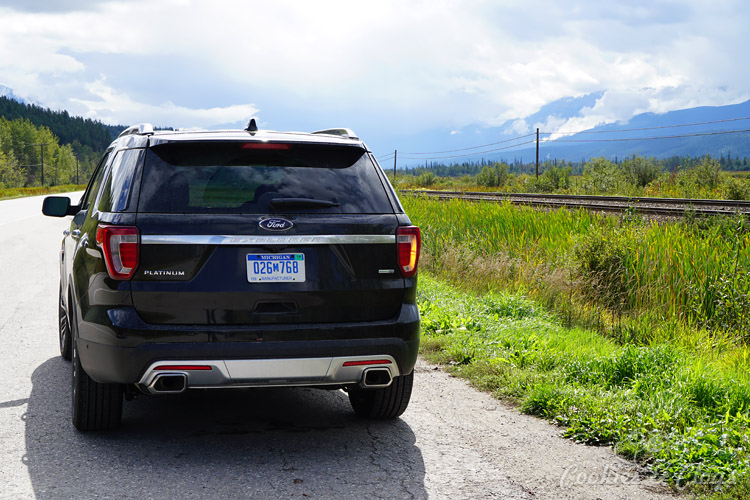 Travel | Cars | To test out the new 2016 Ford Explorer Platinum, I drove from Kamloops to Banff to Calgary in Canada for the Platinum Adventure Tour. Follow #ExploreMore . Canadian railroad tracks
