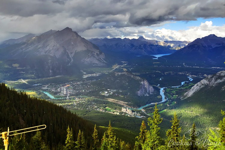 Travel | Cars | To test out the new 2016 Ford Explorer Platinum, I drove from Kamloops to Banff to Calgary in Canada for the Platinum Adventure Tour. Follow #ExploreMore . Banff Gondola at Sulfur Mountain Peak while snowing