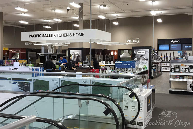 Technology | Best Buy has put in a ton of funding to renovate and update many of its San Francisco Bay Area stores. See how the displays and variety are better than ever. Here's the location on Santana row in San Jose, CA.
