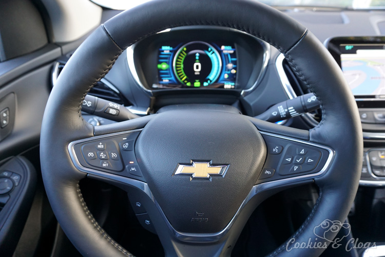 Cars | Car Reviews | The 2016 Chevy Volt has a new look but lacks updates that would significantly improve the driving experience of this plug-in hybrid and make it all-around better. See all the details in this 2016 Chevrolet Volt review.