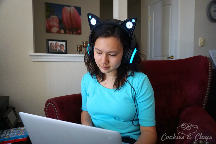 Looking for graduation gift ideas? Cat Ear Headphones from Brookstone are perfect for teens. See how the LED lights, cushioned cups, and external speakers work together for tons of fun.