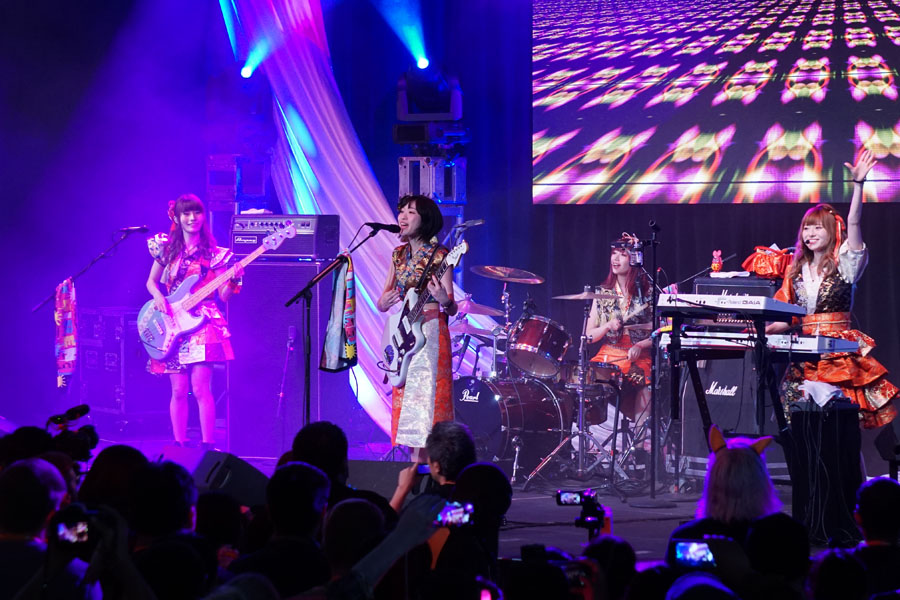 Cookies & Clogs | Entertainment | My family and I attended J-POP Summit 2016 at the Fort Mason Center in San Francisco, CA as a guest of Mazda. See what the event is all about how it's so much fun for families and fans of Japanese music, including a concert video clip. Silent Siren