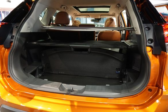 Cookies & Clogs | Cars | The 2017 Nissan Rogue and 2017 Nissan Rogue Hybrid were just announced in Miami, FL just before the 2016 Miami International Auto Show. Get your first look at this all-new CUV and check out the new features. Cargo Area