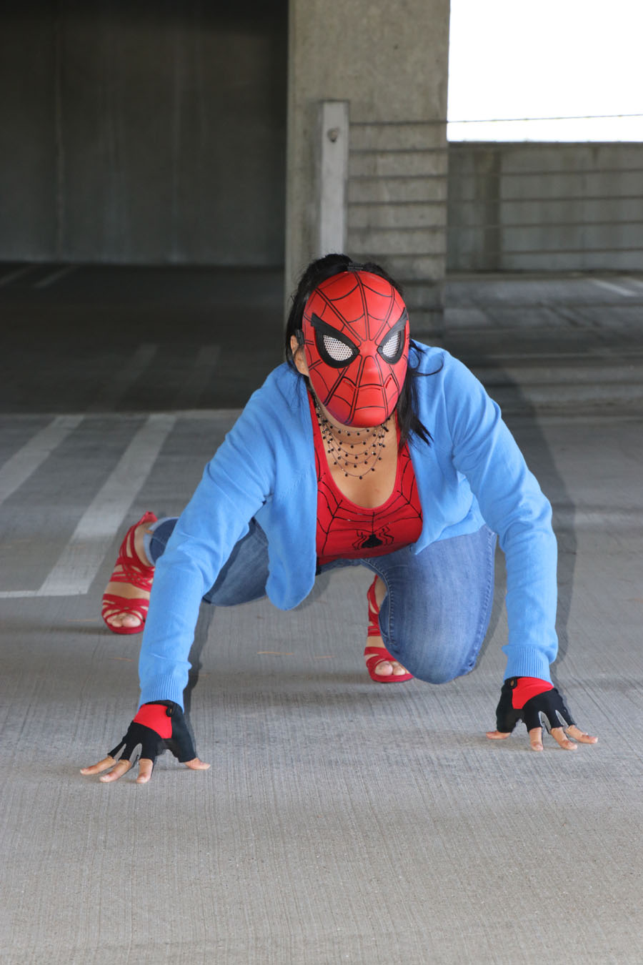 How To Make An Easy Spider Man Diy Outfit W Printable
