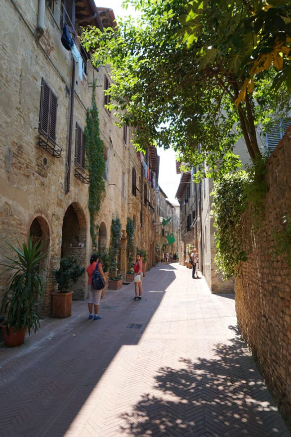 Things to Do in San Gimignano in Italy & Helpful Family Travel Tips