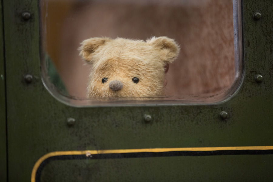 Jim Cummings interview as the Winnie the Pooh voice and Tigger in the Christopher Robin movie. Winnie the Pooh on the train