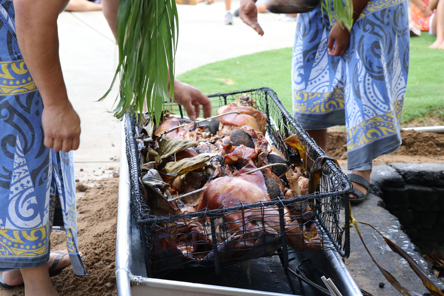 Smith Family Garden Luau / Hawaiian Luau in Kauai Hawaii Imu kalua pig