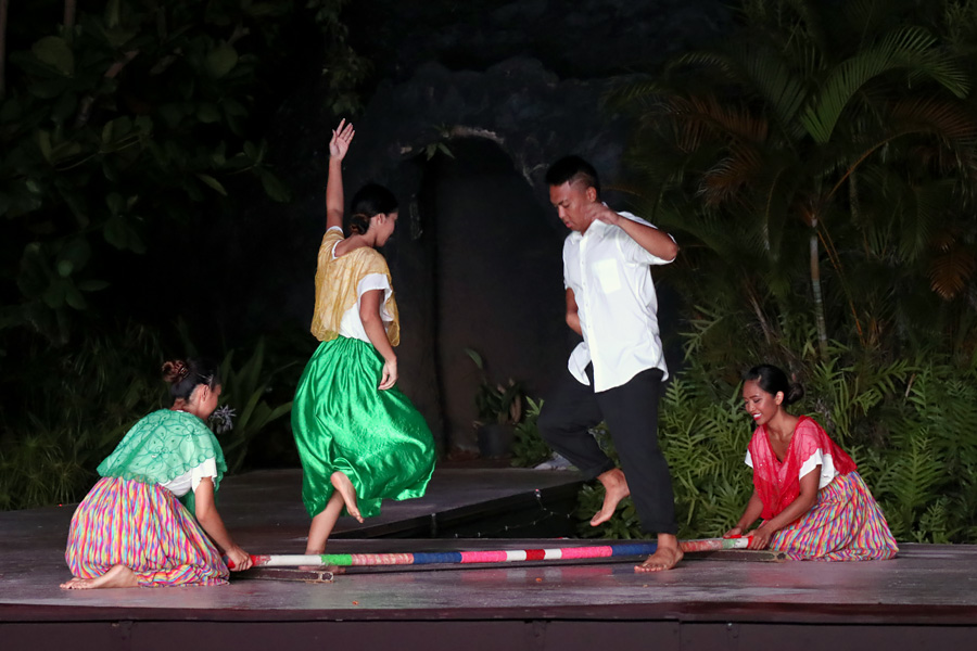 Smith Family Garden Luau / Hawaiian Luau in Kauai Hawaii Filippino tinikling Philippines