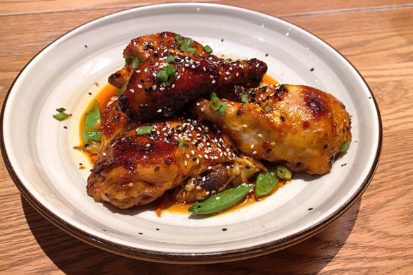 Rush Creek Lodge in Groveland, CA near Yosemite National Park Tavern and Restaurant Korean BBQ Chicken
