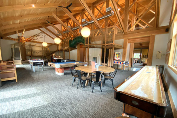 Rush Creek Lodge in Groveland, CA near Yosemite National Park Indoor Game Room