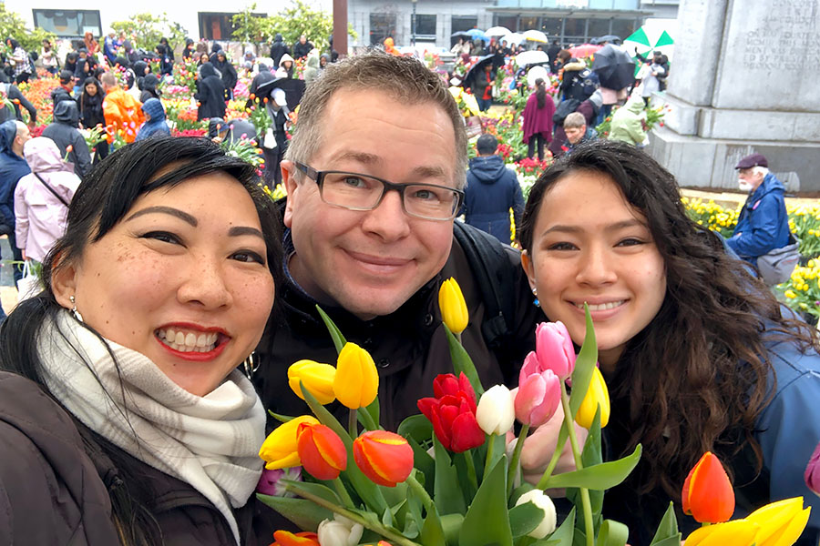 2020 Flower Bulb Day in San Francisco on March 7th! at Union Square in San Francisco on March 7. Photo from 2019 free tulips event family